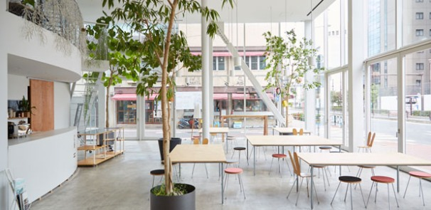 shibaura house airy and bright workspace